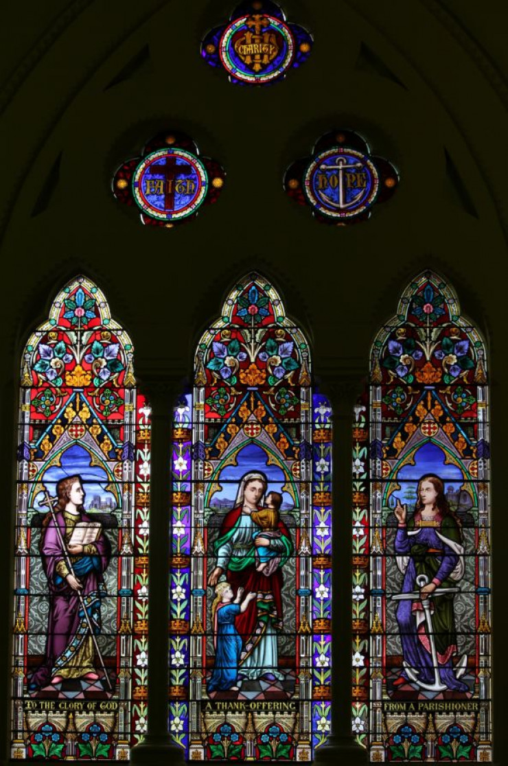 Chancel Stained Glass, St Jude's, Carlton