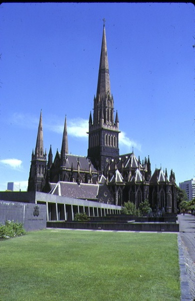 1 st patricks cathedral east melb external view