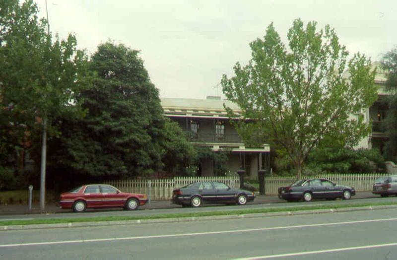 1 former presbyterian manse rathdowne street exterior sw apr1999