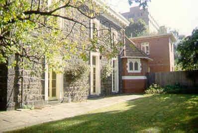 bishopscourt east melb house rear sw jun1999