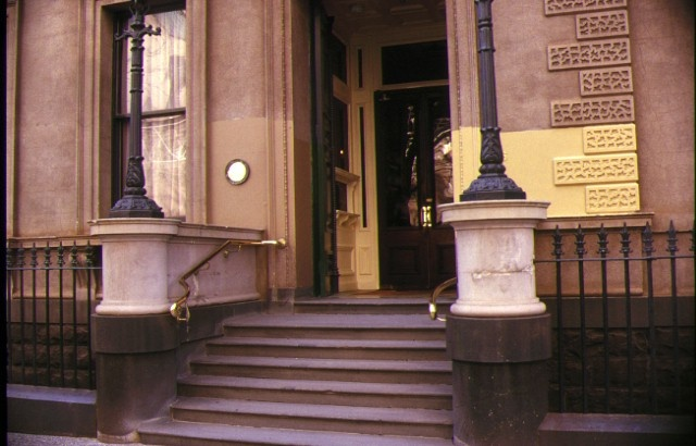 the melbourne club external entrance