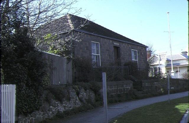 1 montrose cottage ballarat front view