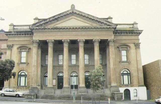 1 masonic hall bendigo front view