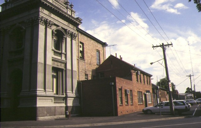 collingwood town hall rear view jul1983