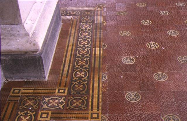 earlsbrae hall essendon detail of tiled entrance