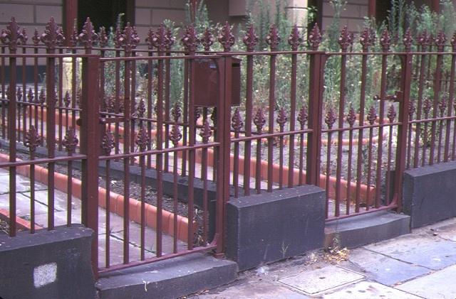 royal terrace nicholson street fitzroy front cast iron fence mar1982