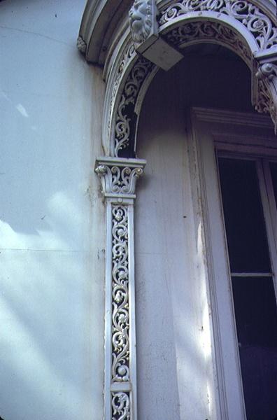 corio villa eastern beach road geelong detail of pillars and arche
