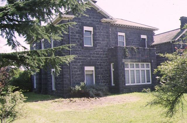 1 d'estaville kew view of house