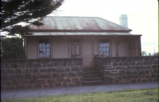 1 captain john mills house gipps street port fairy front view