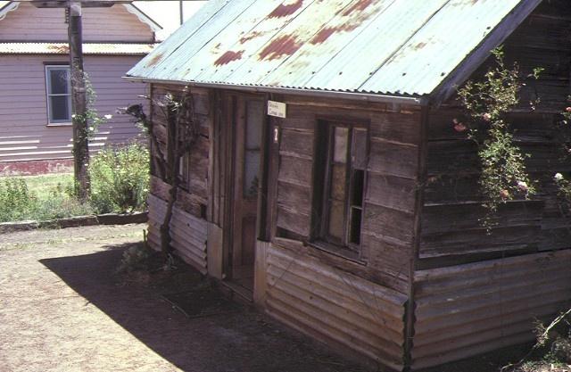 warrock 1843 casterton first cottage