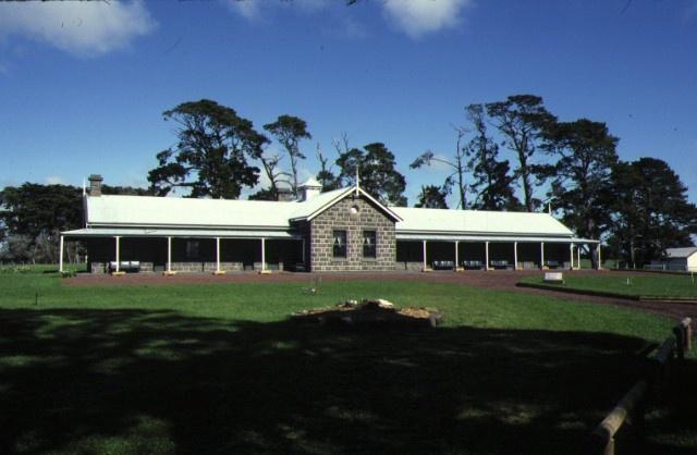 purrumbete camperdown shearer's quarters