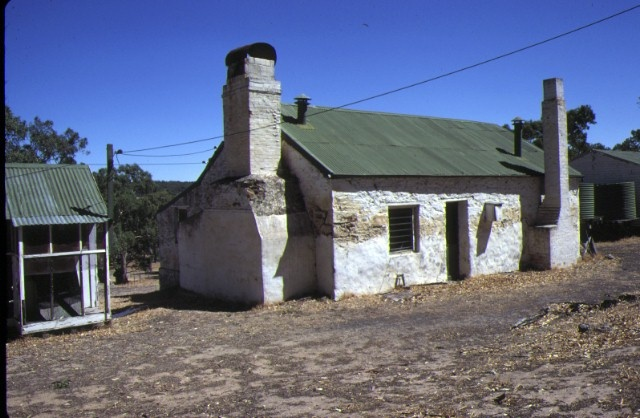 kout norien estate harrow shearing quarters and cookhouse mar80