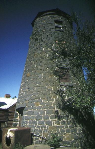 1 windmill windmill farm greenhill kyneton front view