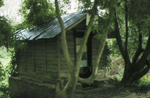 ericoldoune homestead burrumbeet original slab hut