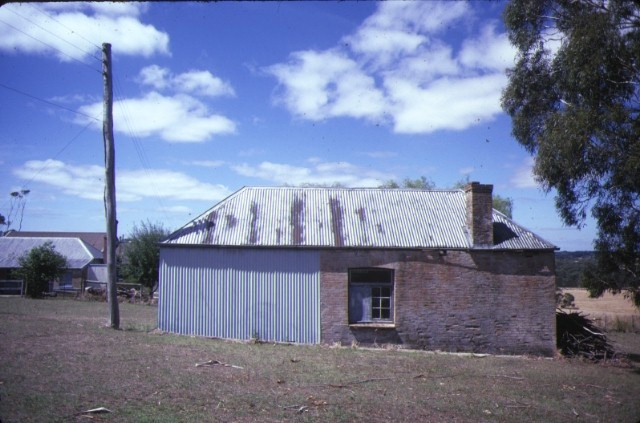 the briars nepean hwy mornington outhouse jan1985