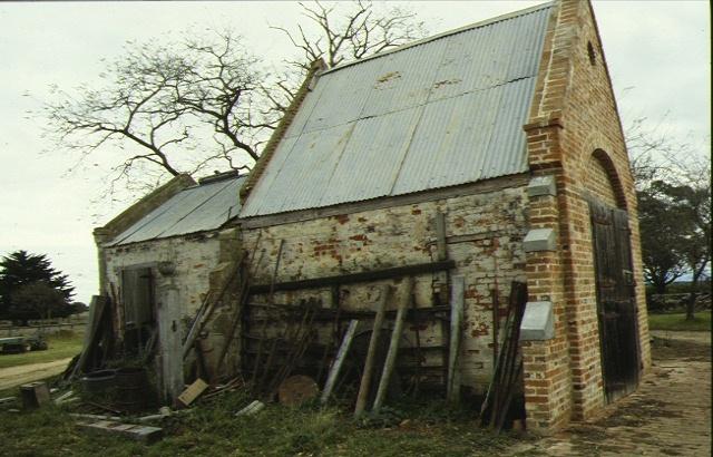 fulham park myrtlebank rd fulham side view barn jun1993