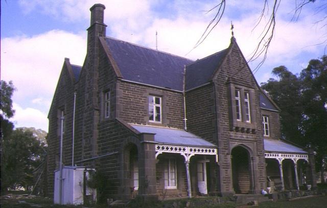 1 norwood homestead wareek front view homestead jun1998