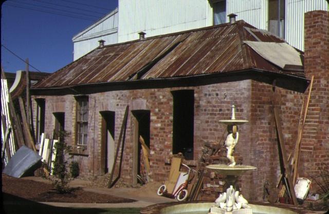 1 former cbc bank camp street beechworth servant's quarters