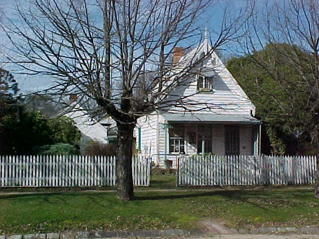 1 residence 26 finch street beechworth