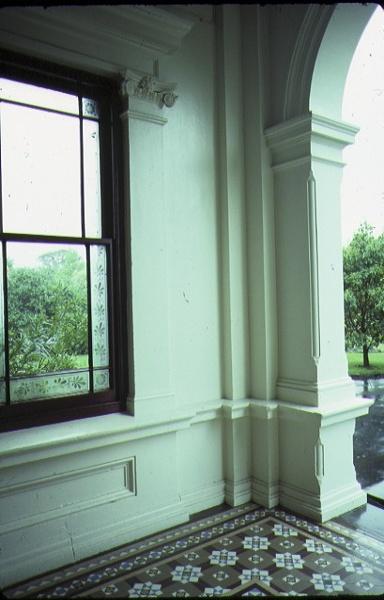 malvern house willoby ave glen iris interior tiled floor nov1985