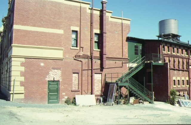 provincial hotel ballarat rear view feb1990