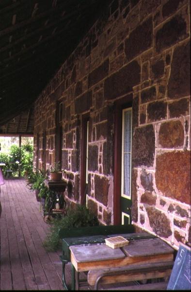 fulham balmoral horsham rd kanagulk front verandah nov1994