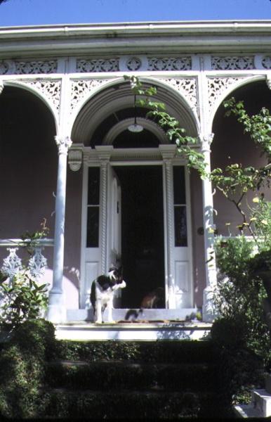 zetland yarra street hawthorn detail front entrance mar1987