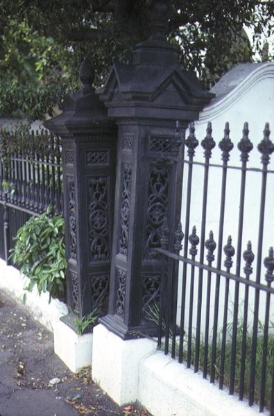 foynes powlett street east melbourne front gates oct1980