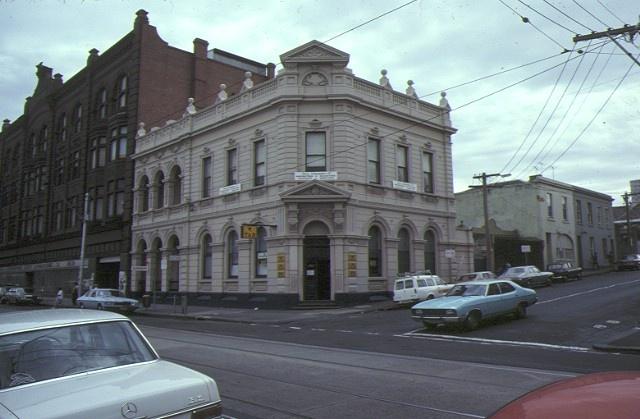 1 former union bank of australia smith street fitzroy corner view mar1980