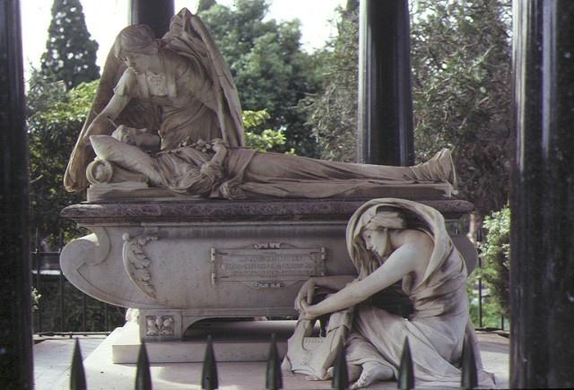 springthorpe memorial kew sculpture sep1982