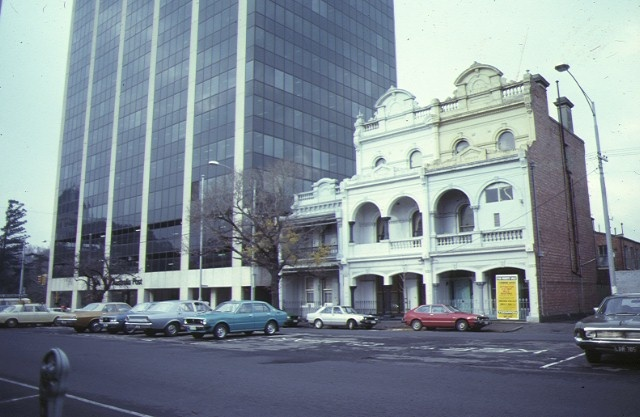 1 dalmeny house 21 queensberry street carlton street view jul1979