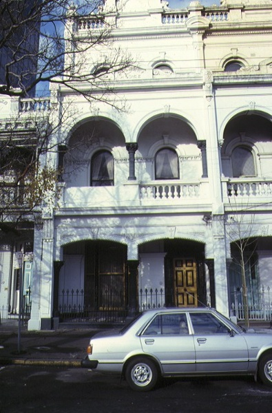 dalmeny house 21 queensberry street carlton front view jul1979