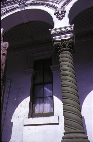 residence 122 nicholson street fitzroy balcony column detail