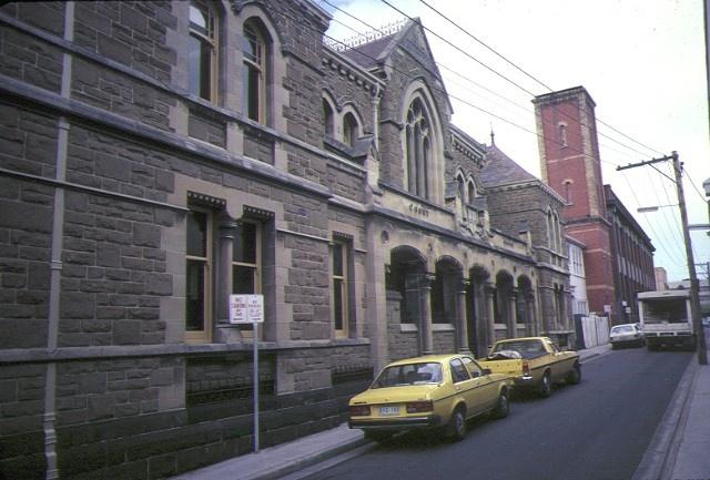 1 former police station & court house cnr greville street prahran front view oct1982