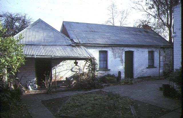ellerslie pilmer street bacchus marsh front view cottage & coolroom