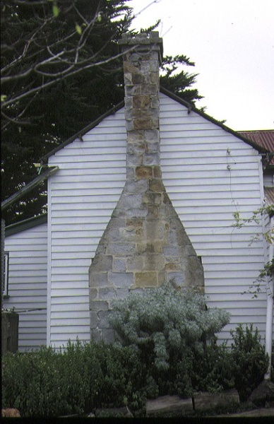 former wattle hill hotel lavers hill side view & chimney april 1994