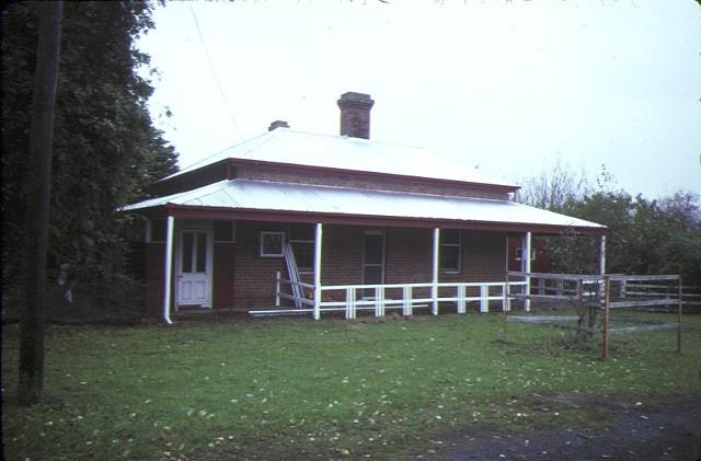 edrington berwick former homestead brick cottage