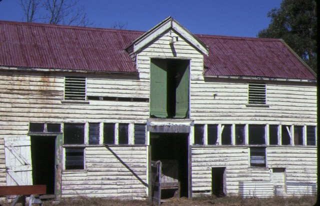 1 frogmore hamilton highway fyansford stables front view
