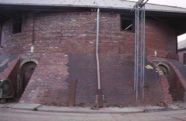 former standard brickworks federation street box hill end view kiln dec1987