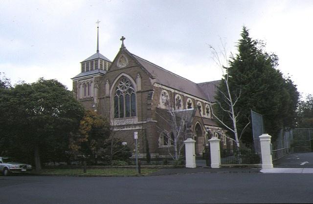 1 st james church gardenvale front view jul1992