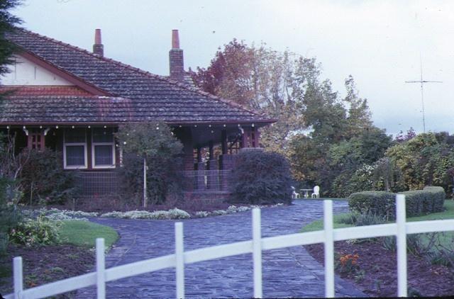1 banool fitzroy street kilmore front view may1980