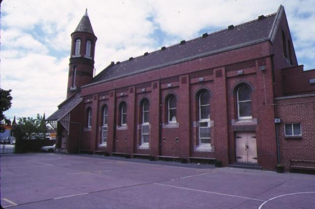 1 st john's church victoria parade east melbourne side view nov1988