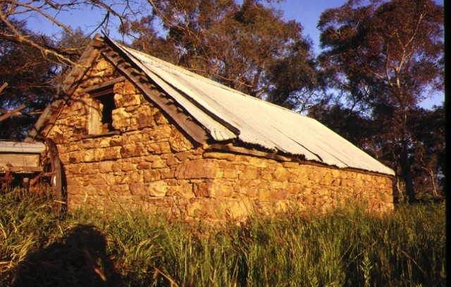 stone cellar at faithfuls creek hume hwy euroa rear view prior to damage