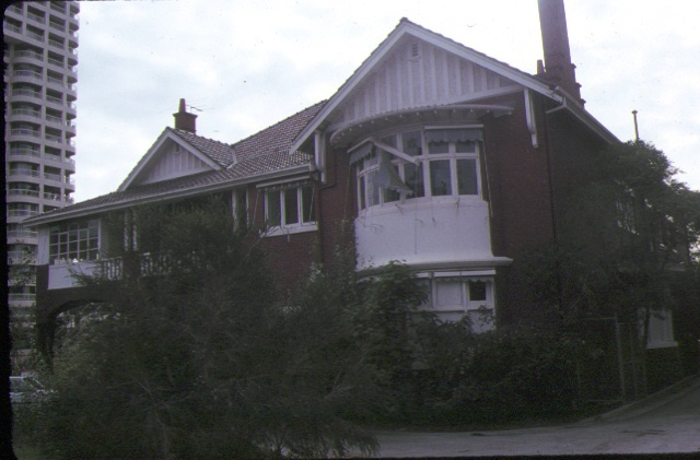 1 majella st kilda road melbourne front view apr1989