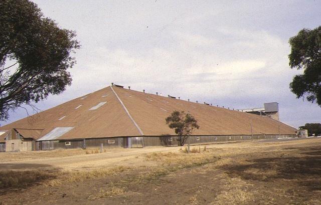 murtoa grain store wimmera hwy murtoa site view