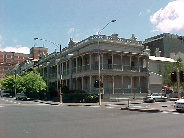1 burlington terrace 400 384 albert street east melbourne street view oct1999