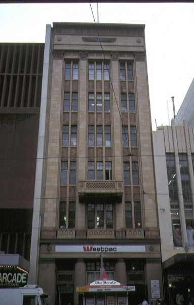 1 bank of nsw chamber bourke street melbourne front view