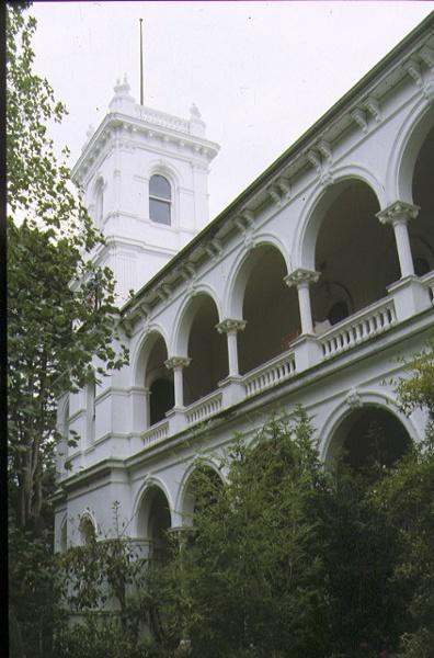 1 eyre court canterbury arcaded balcony