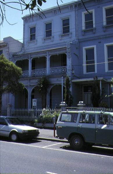 1 terrace 408 albert street east melbourne front view nov1990