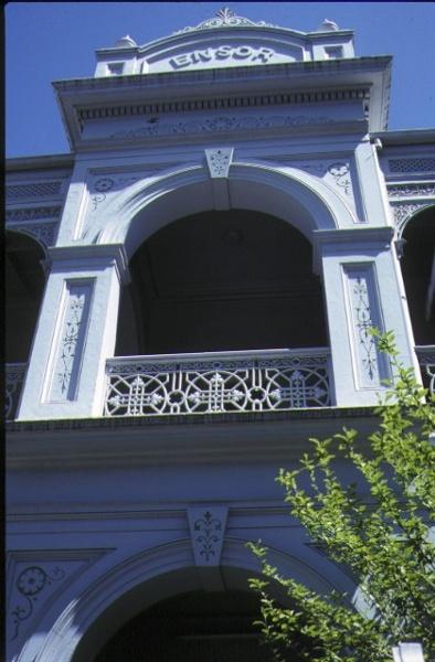 ensor 172 victoria parade east melbourne detail of balcony nov1990